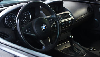 Subject: buying a car - detailed view. BMW interior